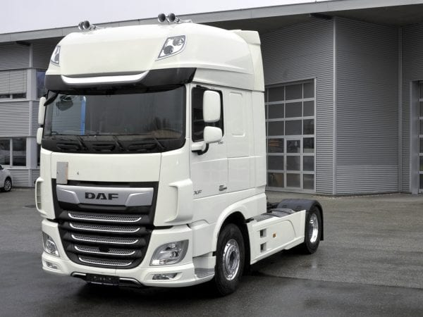 DAF XF 530 FT - cap tractor