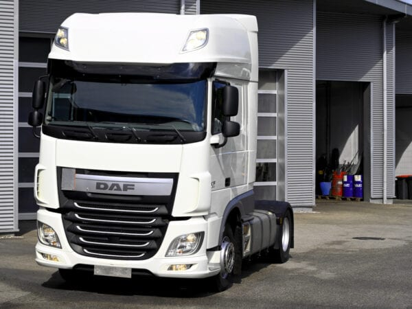DAF XF 460 FT - cap tractor